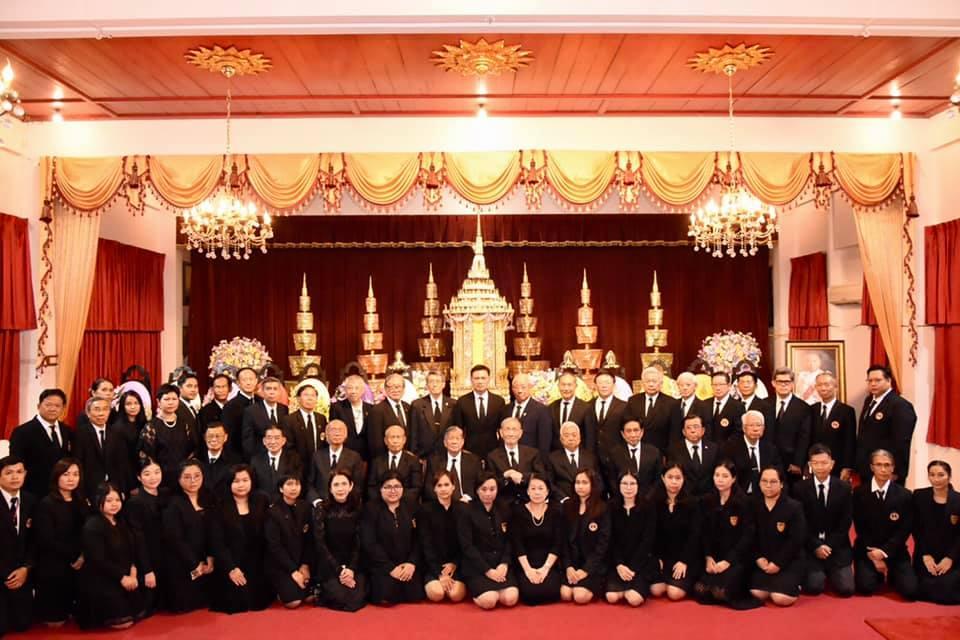 วิศวกรรมสถานแห่งประเทศไทยฯ (วสท.) ร่วมกับสภาวิศวกร เป็นเจ้าภาพสวดพระอภิธรรม พลอากาศเอก กำธน สินธวานนท์ อดีตองคมนตรี และอดีตนายก วสท.