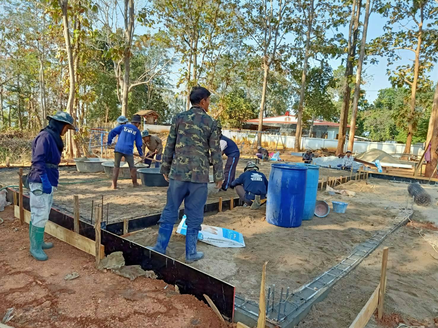 """วิศวกรรมสถานแห่งประเทศไทยฯ มารายงานความคืบหน้าการก่อสร้าง """"อาคารวิศวกรรมสถานอุปถัมภ์ 5"""" มอบให้โรงเรียนตำรวจตระเวนชายแดนบ้านใหม่พัฒนาสันติ จังหวัดเชียงใหม่"""