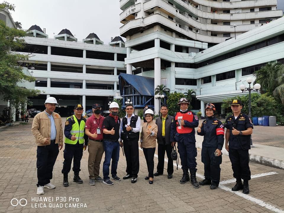 คณะกรรมการวิศวกรรมป้องกันอัคคีภัย วิศวกรรมสถานแห่งประเทศไทยฯ (วสท.) เข้าร่วมชม และสนับสนุนกิจกรรมในการฝึกซ้อมแผนอัคคีภัยในอาคารสูง ที่อาคารบางกอกยอร์ชคอนโดมิเนียม ซึ่งเป็นอาคารร้างอยู่ในพื้นที่เขตราษฎร์บูรณะ