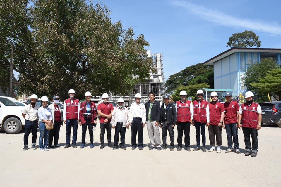 วิศวกรรมสถานแห่งประเทศไทยฯ (วสท.) โดย ดร.ธเนศ วีระศิริ นายก รศ.สิริวัฒน์ ไชยชนะ อุปนายก พร้อมวิศวกรอาสาจาก วสท. สาขาภาคตะวันตก และภาคตะวันออก ลงพื้นที่ตรวจสภาพโครงสร้างอาคาร ที่ได้รับความเสียหายจากเหตการณ์ท่อก๊าซระเบิด