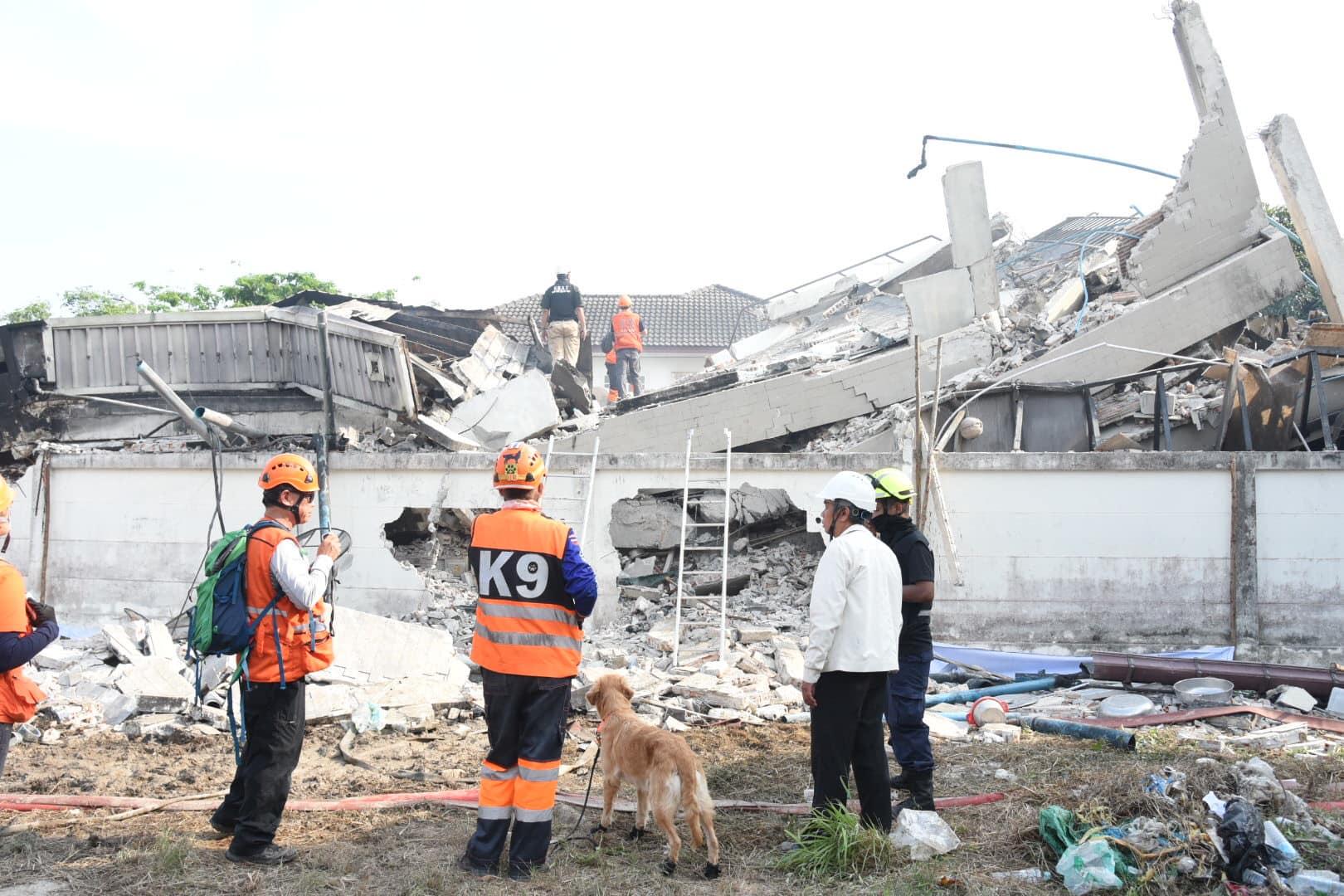 วิศวกรรมสถานแห่งประเทศไทยฯ (วสท.)เข้าพื้นที่อาคารเพลิงไหม้ และถล่ม หมู่บ้านกฤษดานคร 31 ถนนบรมราชชนนี